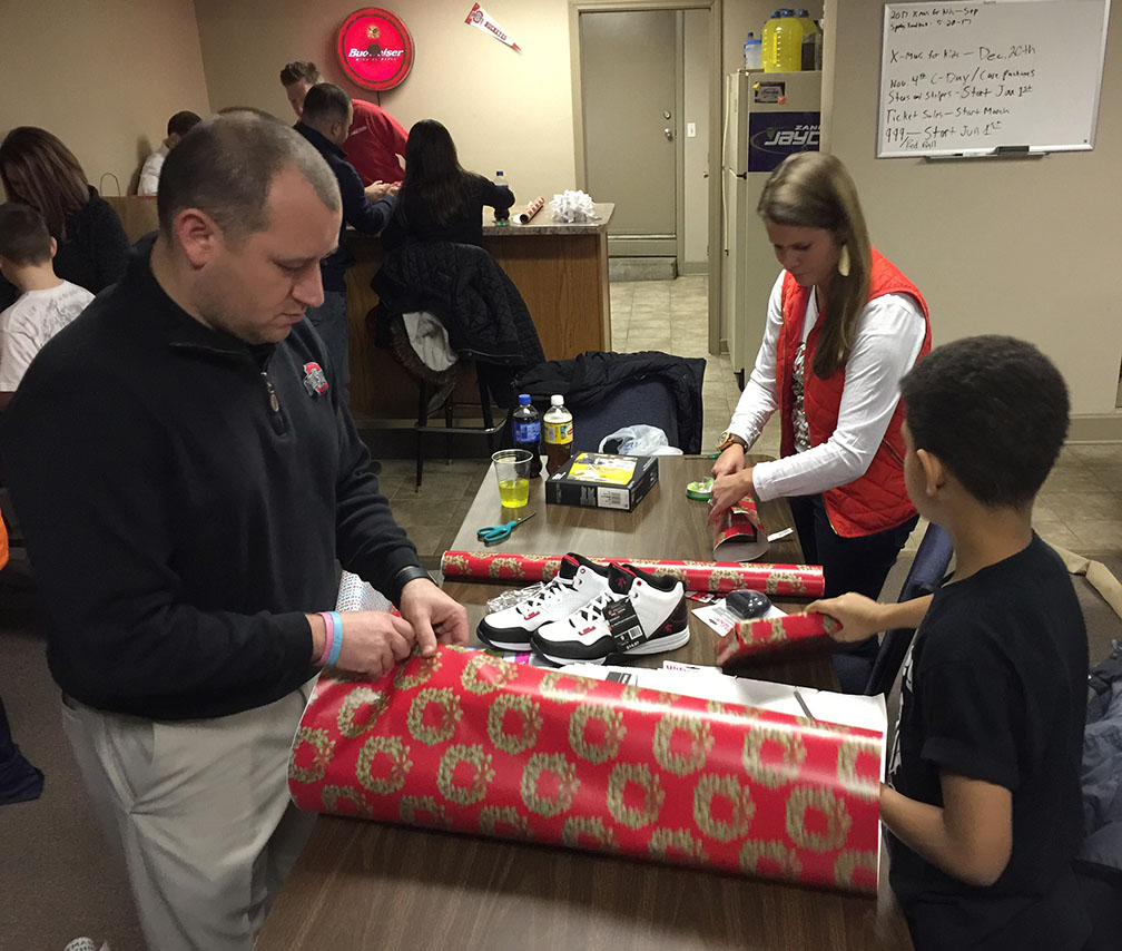 Jaycees Christmas For Kids 2016 12