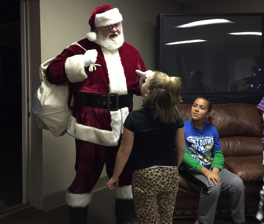 Jaycees Christmas For Kids 2016 15