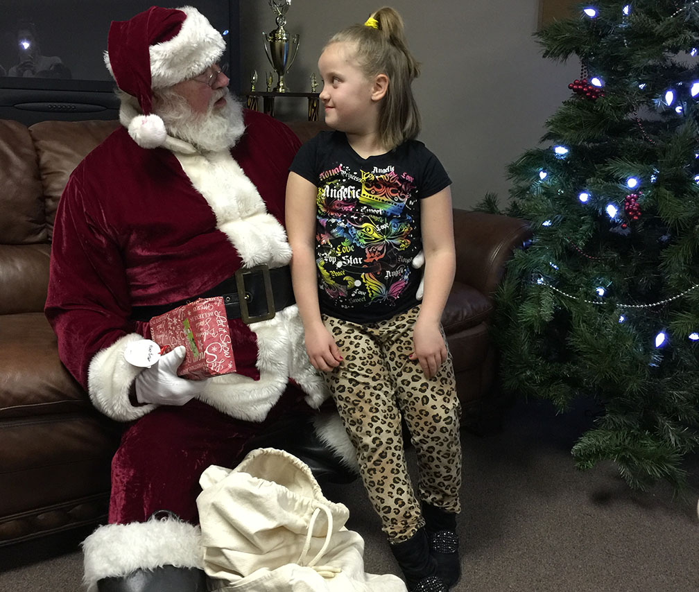 Jaycees Christmas For Kids 2016 21