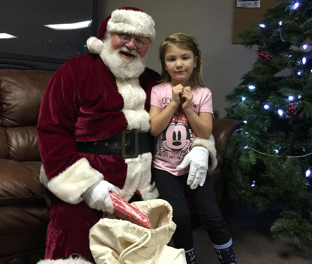 Jaycees Christmas For Kids 2016 23