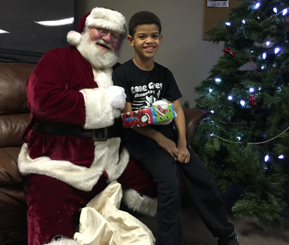 Jaycees Christmas For Kids 2016 28